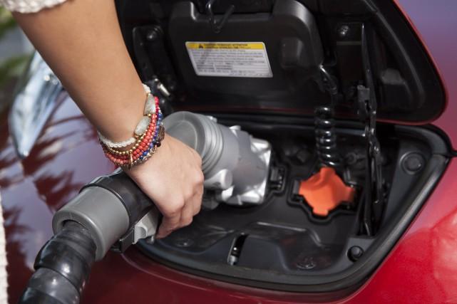 Depuis avril 2017, 863 acheteurs de véhicules électriques... (Photo Nissan)