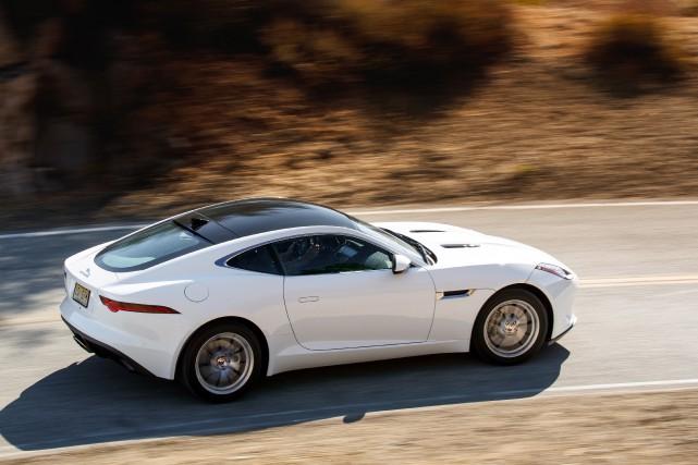 Cet hiver, ça ira. Mais la conduite demeure... (Photo Jaguar)