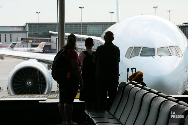 les prix du carburant font bondir le co t des billets d 39 avion christopher reynolds transports. Black Bedroom Furniture Sets. Home Design Ideas