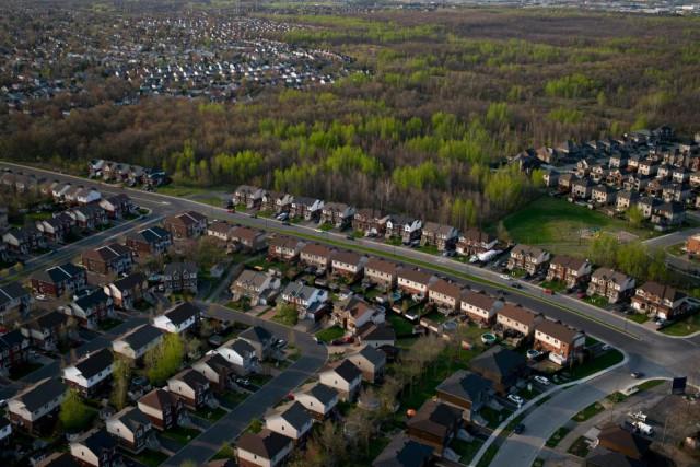 Étalement urbain: la banlieue gagne beaucoup de terrain