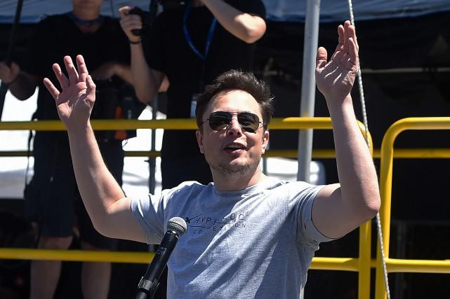 Elon Musk a des comportements de plus en... (Photo AFP)