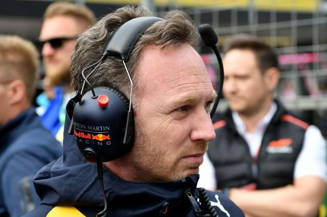 Le directeur de l'écurie Red Bull, Christian Horner... (PHOTO ANDREJ ISAKOVIC, AFP)