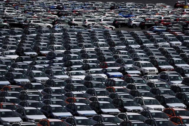 C'est le temps de l'année où les passionnés de l'automobile se donnent... (Photo Justin Sullivan, archives Agence France-Presse)