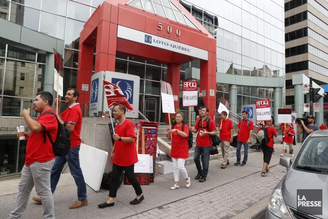 Une grève de deux jours des employés de... (PHOTO Martin Chamberland, LA PRESSE)