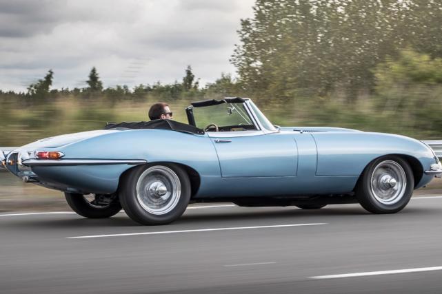 Une Jaguar E-Type électrifiée.... (Photo Jaguar)