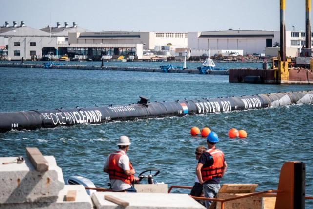 Le système conçu par le groupeThe Ocean Cleanupest... (Photo fournie par The Ocean Cleanup)