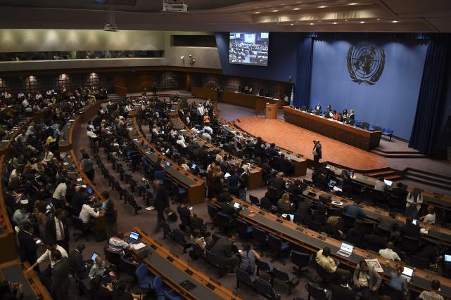 Des délégués représentant certains des pays les plus... (Photo Kaweewit Kaewjinda, AP)