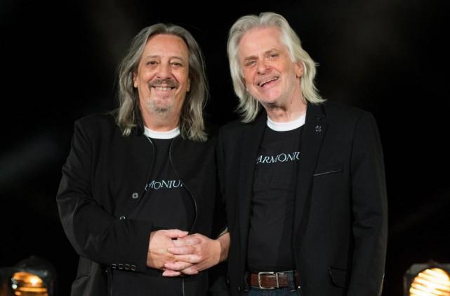 Serge Fiori et Louis Valois d'Harmonium... (photoGraham Hughes, archives la presse canadienne)
