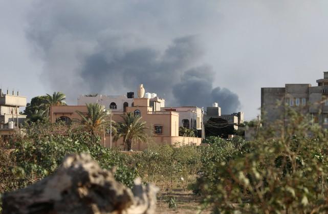 Depuis le 27août, les combats entre groupes rivaux... (Photo Hani Amara, archives REUTERS)