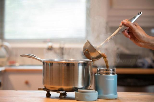 Pour manger chaud quand on est loin de... (Photo Ivanoh Demers, La Presse)