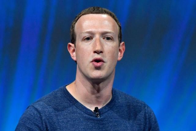 Mark Zuckerberg s'emploie régulièrement à convaincre que Facebook... (Photo Gérard Julien, Agence France-Presse)