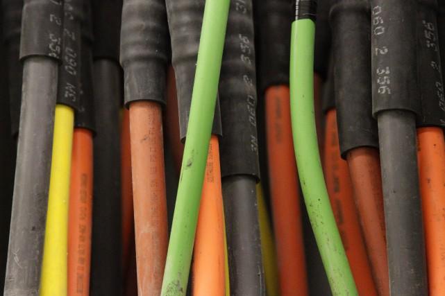 Pour l'instant, la fibre optique est présente dans... (PHOTO ARCHIVES AP)