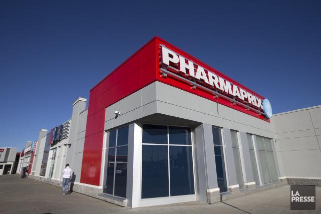 La chaîne de pharmacies Shoppers Drug Mart, connue au Québec sous la bannière... (PHOTO ROBERT SKINNER, ARCHIVES LA PRESSE)