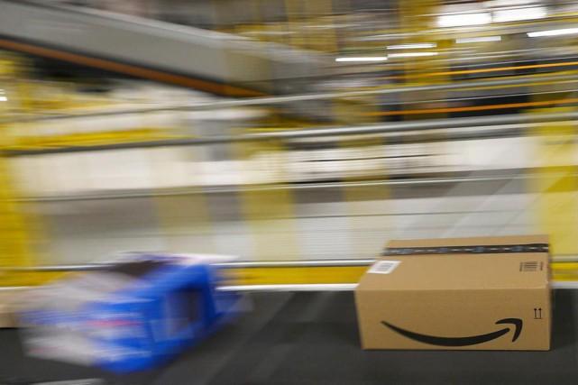 Plus de 90% des achats en ligne effectués... (PHOTO ALBERT GEA, ARCHIVES REUTERS)