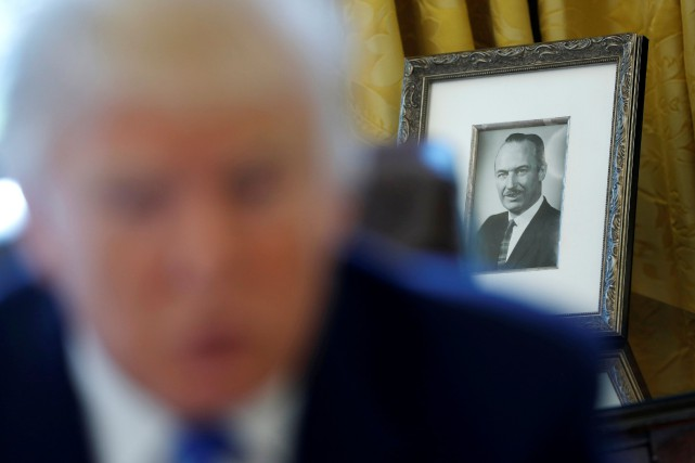 Évasion fiscale: Trump ironise sur l'enquête «ennuyeuse» du New York Times