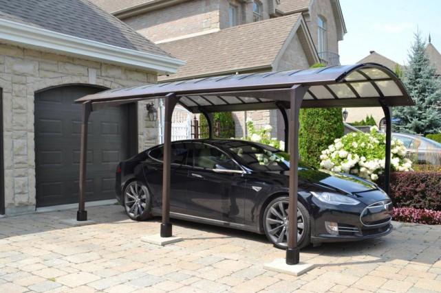 L'abri d'auto solaire d'iSun... (Photo fournie par Renewz)
