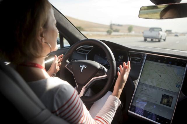Tesla signale un accident à tous les 3,34... (photo REUTERS)
