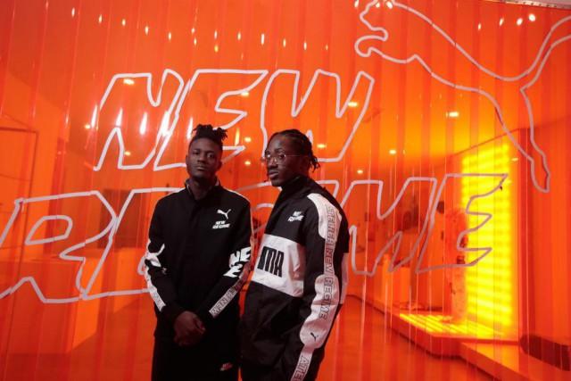 Gildas et Koku Awuye, d'Atelier New Regime, posent... (PHOTO MARTINCHAMBERLAND, LAPRESSE)