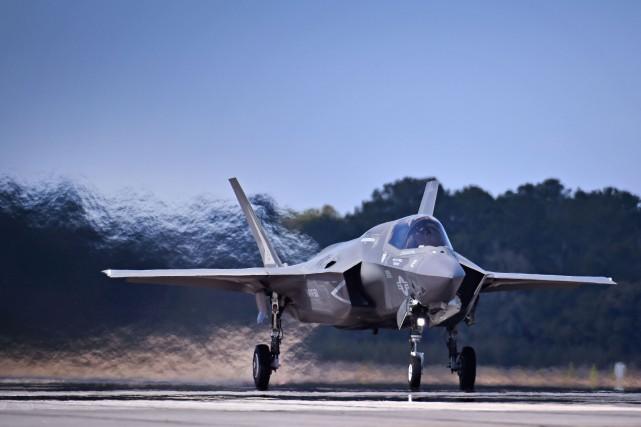 Tous les chasseurs F-35 cloués au sol après un écrasement Nouvel Ordre Mondial, Nouvel Ordre Mondial Actualit�, Nouvel Ordre Mondial illuminati