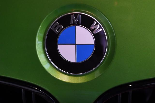 Le constructeur automobile allemand BMW a annoncé mardi rappeler plus d'un... (Photo Christof Stache, archives AFP)