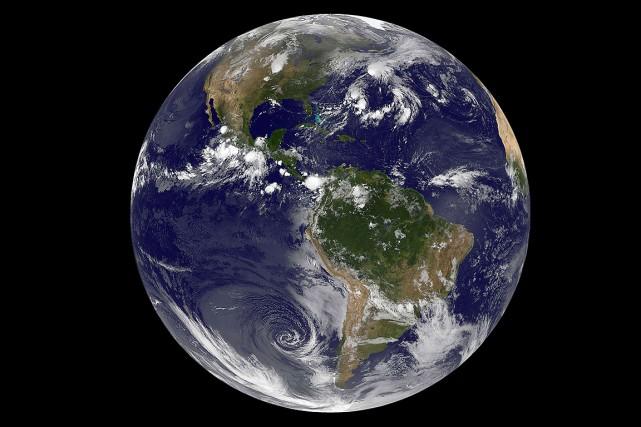 Sur cette photo, la planète Terre vue du... (Photo NASA)