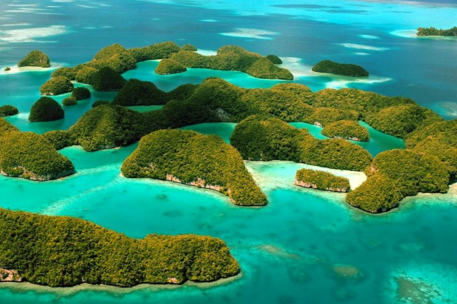 Les Rock Islands, aux Palaos.... (Photo fournie par Palau Visitors Authority)