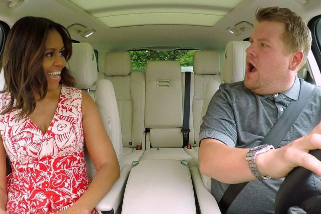 Michelle Obama et l'animateur James Corden dans Carpool... (PHOTO ARCHIVES AP)