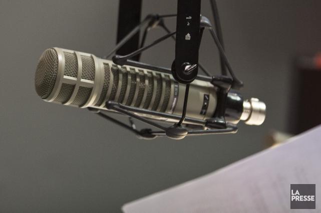 C'est même la première fois que les radios... (Photo SIMON GIROUX, archives La Presse)