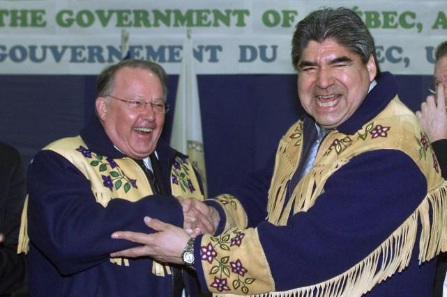 Bernard Landry et Ted Moses lors de la... (Photo Jacques Boissinot, archives La Presse canadienne)