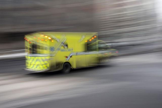 Une femme a perdu la vie et un homme a été grièvement blessé mercredi à Laval... (Photo Hugo-Sebastien AUBERT, archives La Presse)