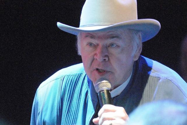 Le chanteur country Roy Clark, virtuose de la... (Photo BETH GWINN, archives AFP)