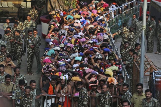 À la mi-octobre, des affrontements avaient éclaté entre... (Photo Manish Swarup, Associated Press)