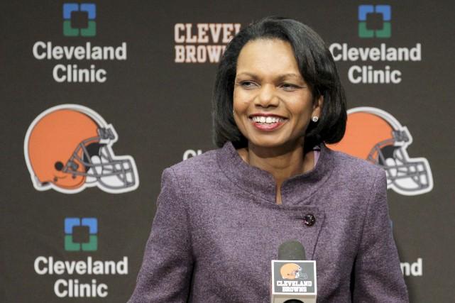 Condoleezza Rice, entraîneuse dans la NFL? Cleveland éteint la rumeur