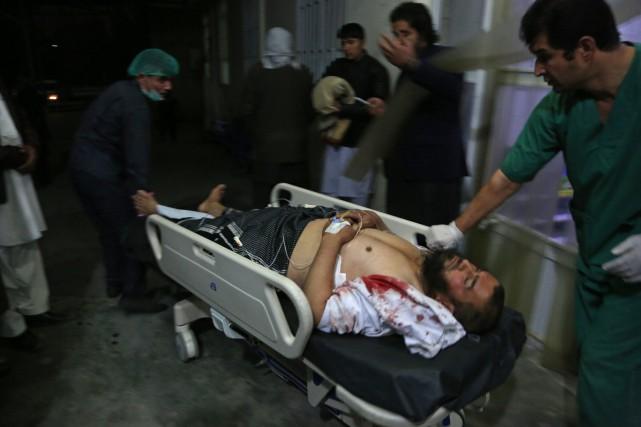 Au moins 50morts dans un attentat-suicide à Kaboul