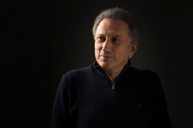 À travers le spectacle Francostalgie, Michel Drucker a... (Photo Olivier PontBriand, Archives La Presse)