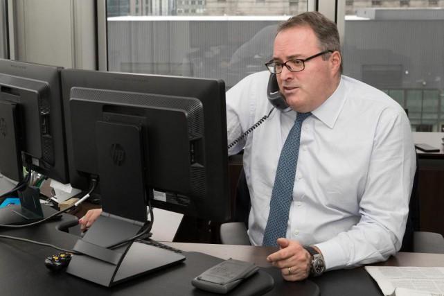 Guy Côté, gestionnaire de portefeuille à la Banque... (Photo Robert Skiner, La Presse)