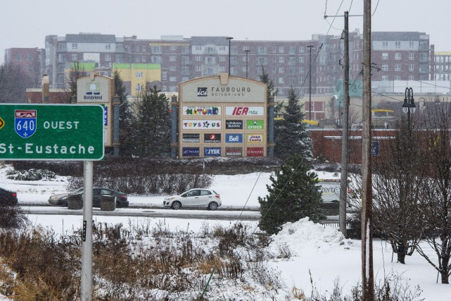 Le Faubourg Boisbriand a été construit sur le... (Photo Ryan Remiorz, La Presse canadienne)