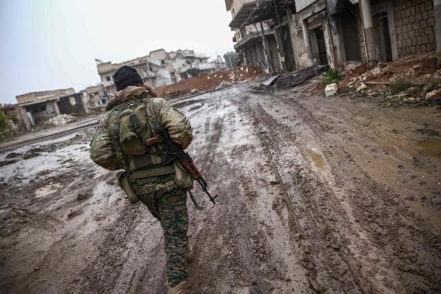 Damas a accusé la coalition internationale d'avoir tiré... (PHOTO AFP)