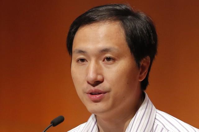 Un chercheur chinois, He Jiankui, a annoncé dans... (Photo Kin Cheung, Archives Associated Press)