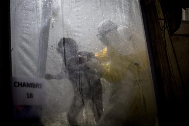 Un nouveau foyer d'Ebola a été signalé dans... (Photo John Wessels, Associated Press)