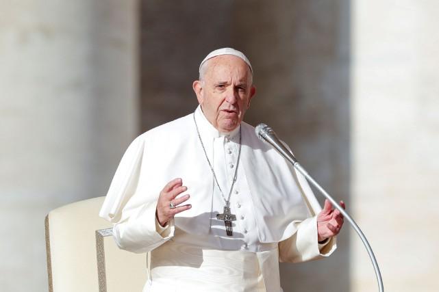 Selon le Vatican, le pape se rendra à... (Photo Alessandro Bianchi, REUTERS)