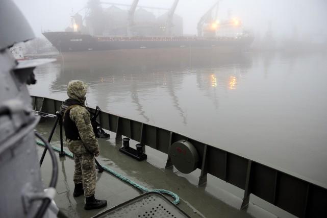 La Russie a arraisonné le 25novembre trois navires... (Photo SEGA VOLSKII, archives AFP)