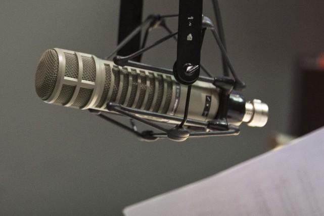 Quatre des neuf stations de radio privées à... (Photo SIMON GIROUX, archives La Presse)
