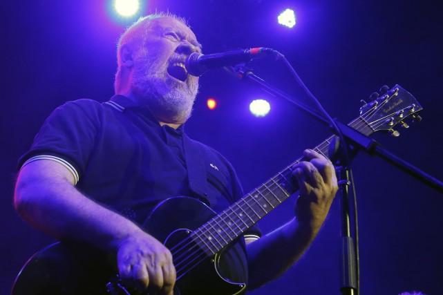 Pete Shelley, chanteur et auteur du groupe Buzzcocks,,... (Photo Marco Ugarte, archives AP)