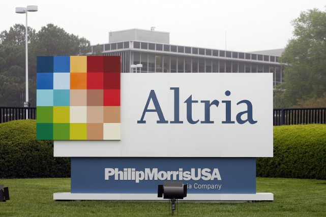 Altria est le producteur des cigarettes Marlboro et... (Photo Steve Helber, archives Associated Press)