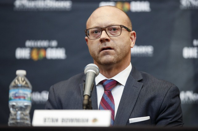 Stan Bowman (photo) a succédé à Dale Tallon... (Photo Kamil Krzaczynski, Associated Press)