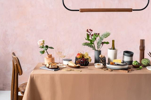 En cette période de réjouissances, la table est mise pour découvrir des... (Marie-des-Neiges Magnan)