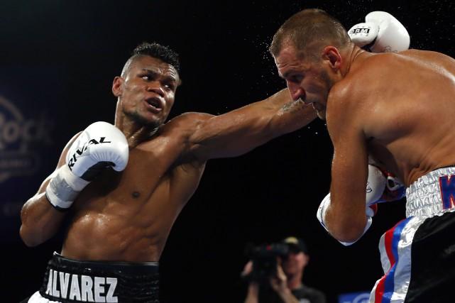 Eleider Alvarez (24-0, 12K.-O.) s'est imposé par K.-O.... (Photo Noah K. Murray, USA TODAY Sports)