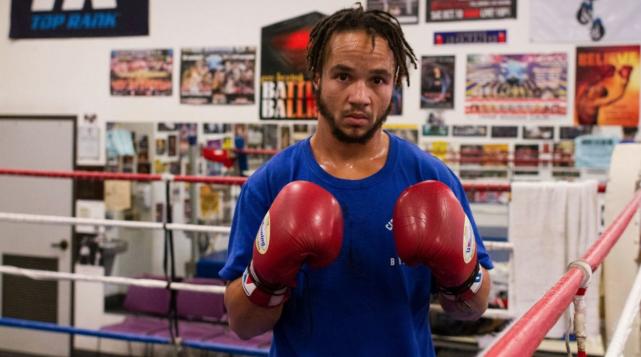 Le boxeur transgenre Patricio Manuel... (Capture d'écran tirée de Twitter)