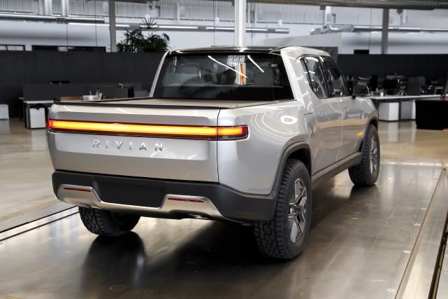 Le pickup tout électrique Rivian R1T existe déjà.... (Photo Paul Sancya, AP)